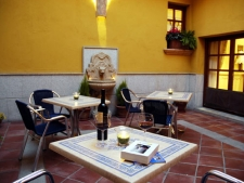 patio-bar-1